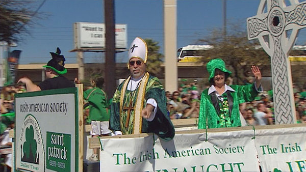 Our St. Patrick (Richard Anderson) was yelled at by the crowd. They called him Pope and chanted Jorge, Jorge, Jorge. He gave papal blessings to all of the revelers.